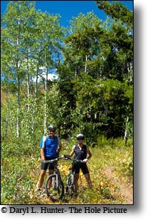 mountain bikers, wyoming range