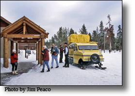 Snowcoach Sno Lodge, yellowstone